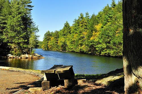 Mashapaug Pond